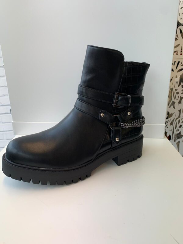 Black Chunky Flat Boot With Chain Detail