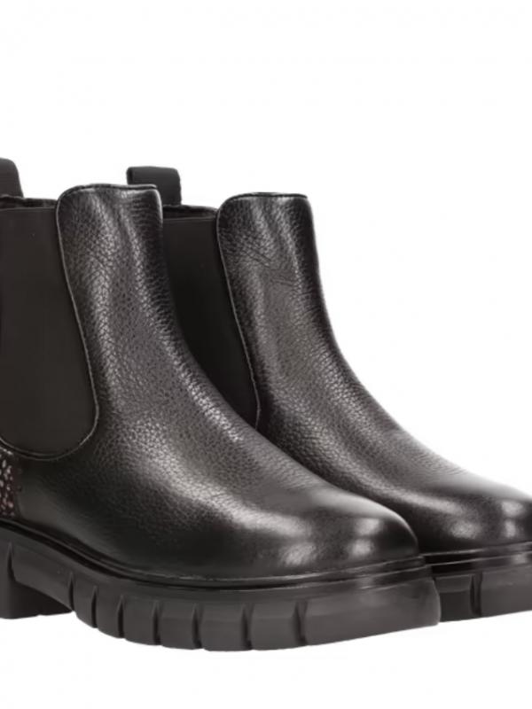Maruti Tygo Leather Boots