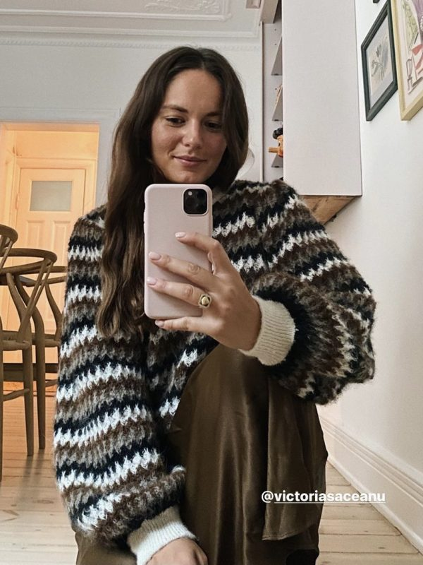 Second Female Yolanda Knit O Neck